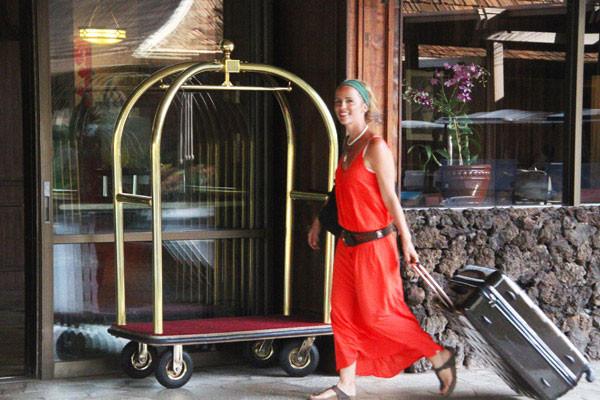 Để trở thành người sử dụng vali thông minh