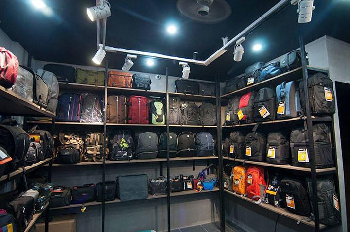 Thế giới túi xách - cặp balo hàng hiệu xịn tại mia.vn