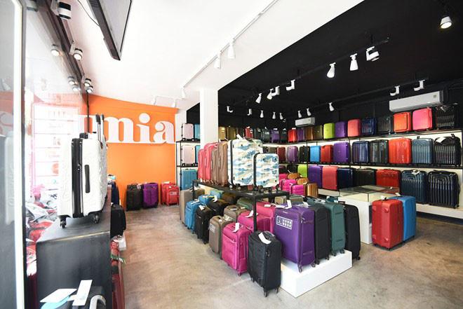 Mua vali giá thành rẻ, chất lượng tốt ở TPHCM