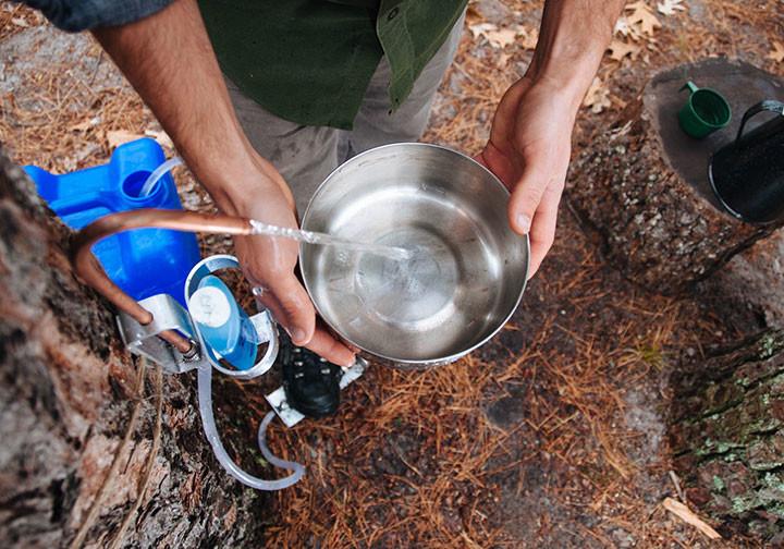 Sử dụng và xử lý nguồn nước thông minh khi đi dã ngoại