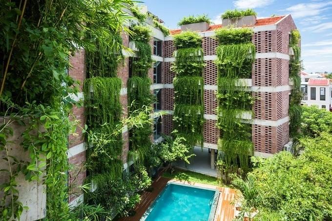"""5 khách sạn có kiến trúc """"không giống ai"""" ở Việt Nam"""