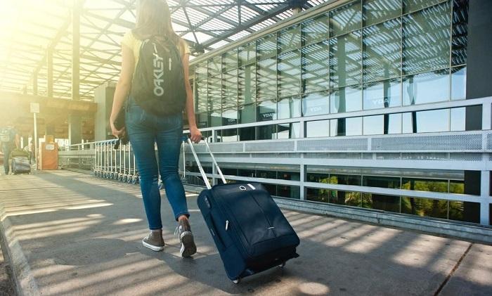 vali đi nước ngoài nên mua loại nào