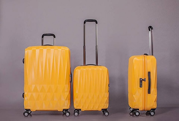 nên mua vali màu gì